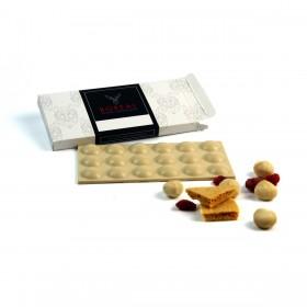 Chocolate blanco con Nueces de Macadamia, Sponge Toffee y Frambuesa