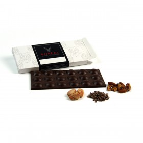 Chocolate negro intenso con Nibs y Nueces Pecanas