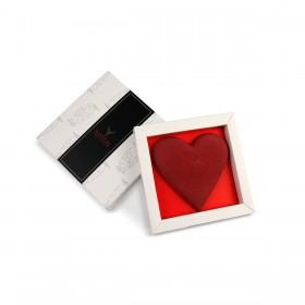 Corazón de praliné en su caja
